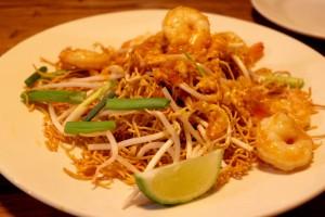 eathai-delray-crispy-pad-thai-image
